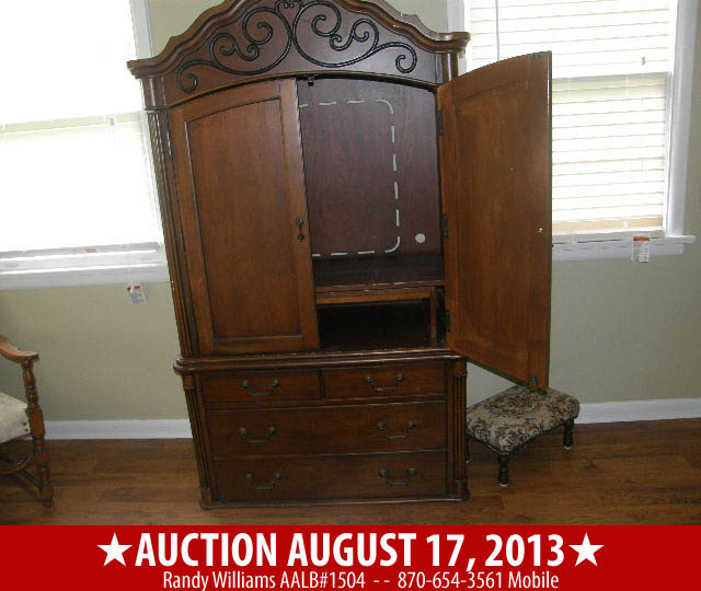 Public Auction August 27, 2013 in Rogers Arkansas Image 3